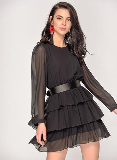 Loves You  Katlı Uzun Kol Şifon Elbise Siyah